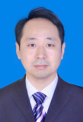 梁国炜 业务总监
