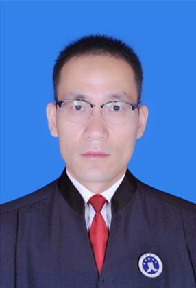 王培基   实习律师